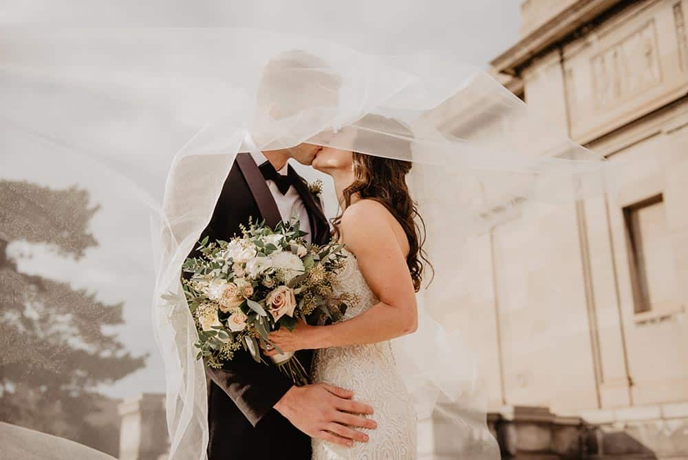 What does it mean to dream about a wedding