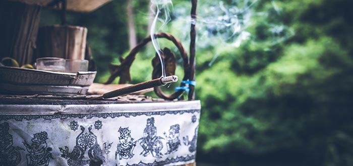 What does it mean to dream of incense